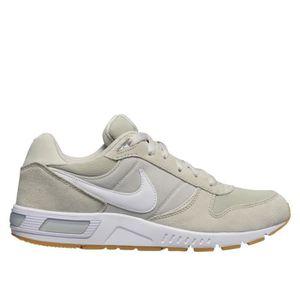 BASKET Chaussures Nike Nightgazer