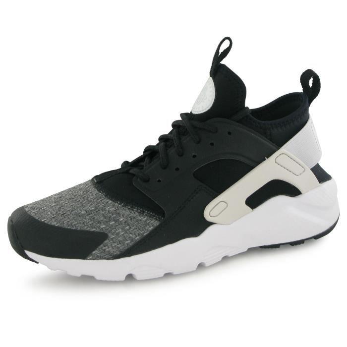 5500a594672 BASKET Nike Air Huarache Run Ultra Se noir