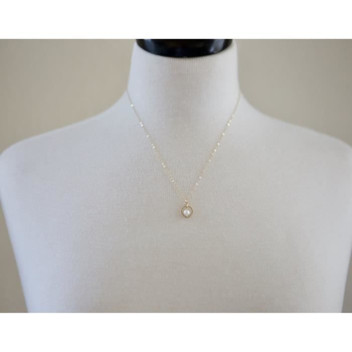 Womens Gold Circle And Freshwater Pearl Necklace - 18 Length N96OU