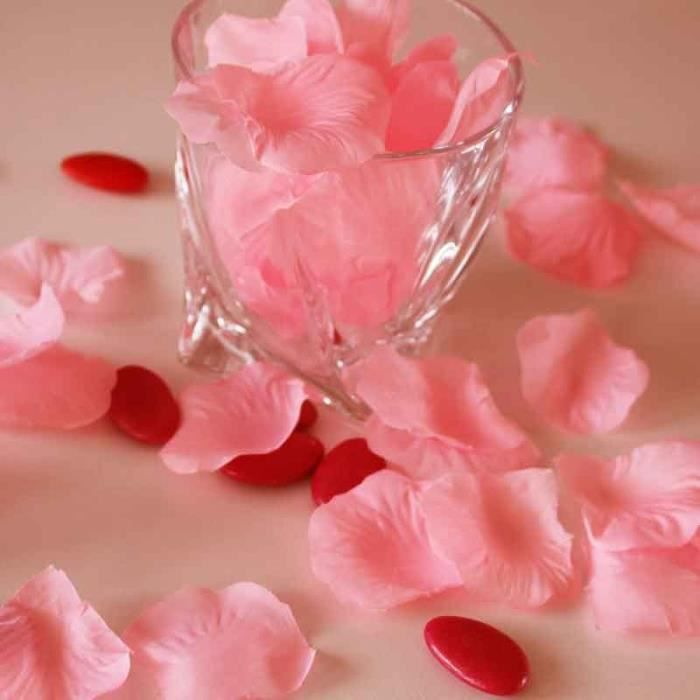 Lot de 200 pétales de roses couleur rose pastel artificielles