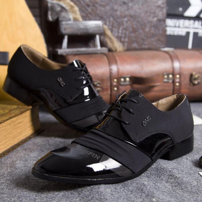 Les nouveaux hommes Slip-on Chaussures Hommes Robe Oxfords de mariage formel chaussures originales main d'affaires Sapatos