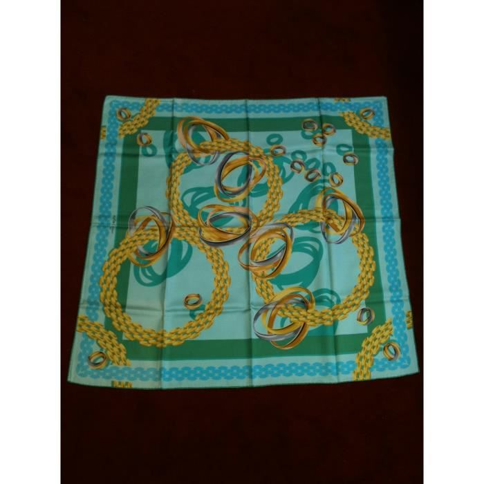 ca97dd6fc2f Foulard Must de Cartier en soie - Achat   Vente echarpe - foulard ...