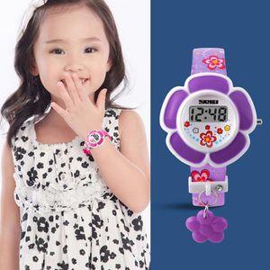 MONTRE Enfant Fille Rouge Montre Électronique en Forme de