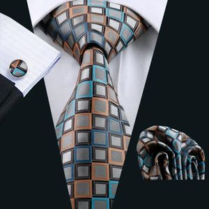 hi-tie-cravate-en-soie-a-carreaux-bleus-pour-homme.jpg 344908bfc70