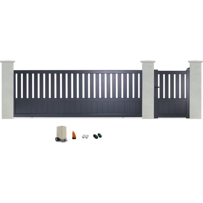 Dimensions portillon / portail : 99x135 / 399x129 cm - Remplissage plein - Quincaillerie fournie.PORTAIL - PORTILLON