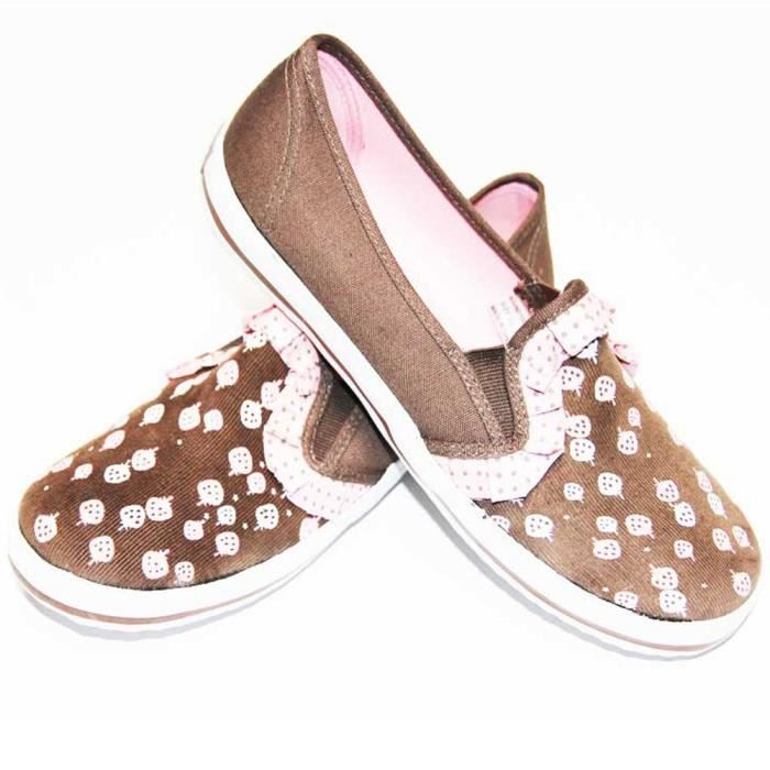 Slip on gothique, rock, emo DRAVEN STRAW BERRY CORD