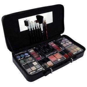 mallette de maquillage noire 58 pcs achat vente palette de maquillage mallette de. Black Bedroom Furniture Sets. Home Design Ideas