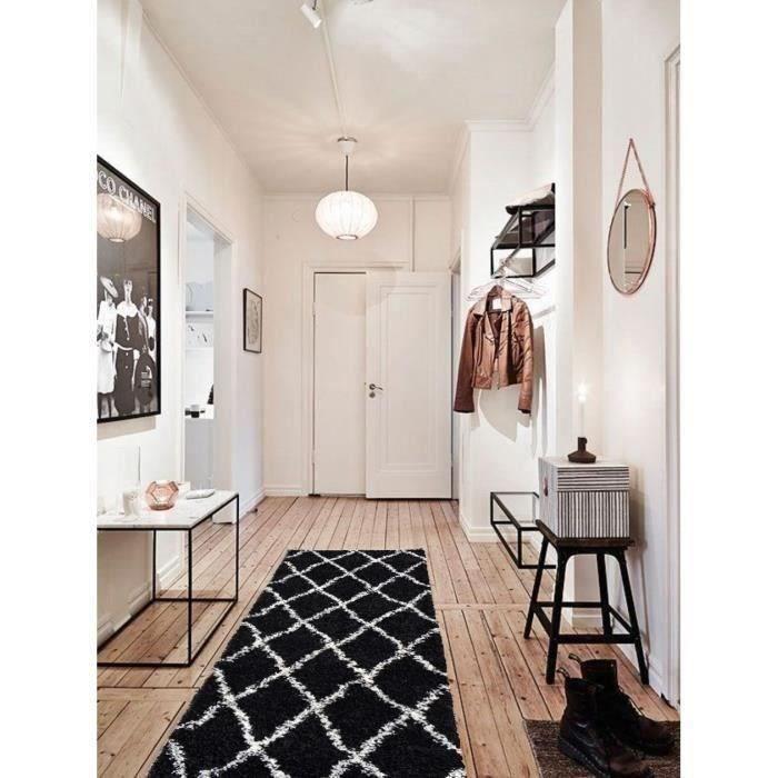 Style : Scandinave - Composition : 100% Polypropylène - Dimensions : 67x180 cm - Couleur : NoirTAPIS DE COULOIR - TAPIS DE PASSAGE