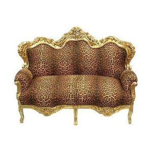 CANAPÉ - SOFA - DIVAN Un canapé baroque mis en