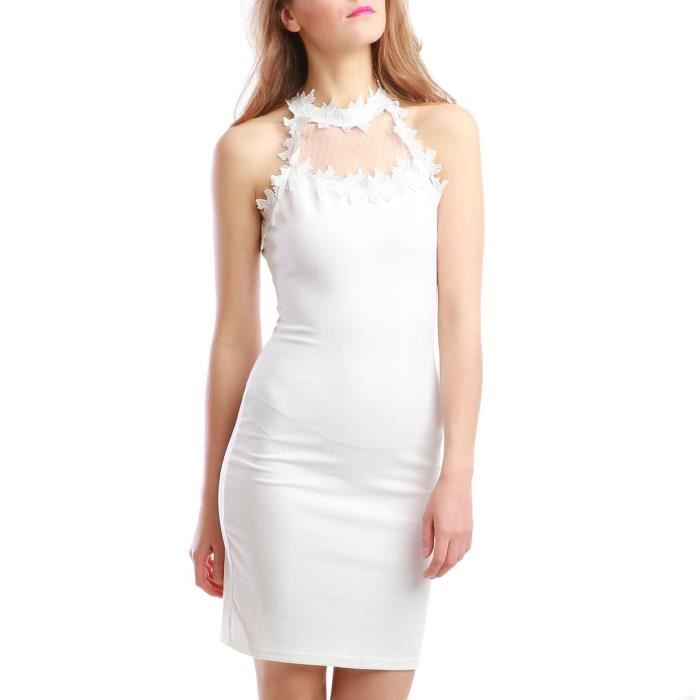 Robe blanche col montant-S