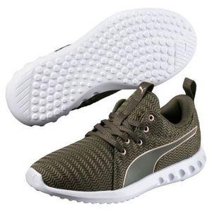 doux Chaussures de running Puma Basket De Running Carson Run