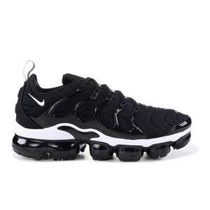1d010a4b95e2 BASKET Nike Air Vapormax Plus Noir Chaussures de course