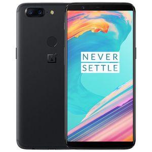 SMARTPHONE Oneplus 5T Smartphone 6 Go de RAM + 64Go de ROM No