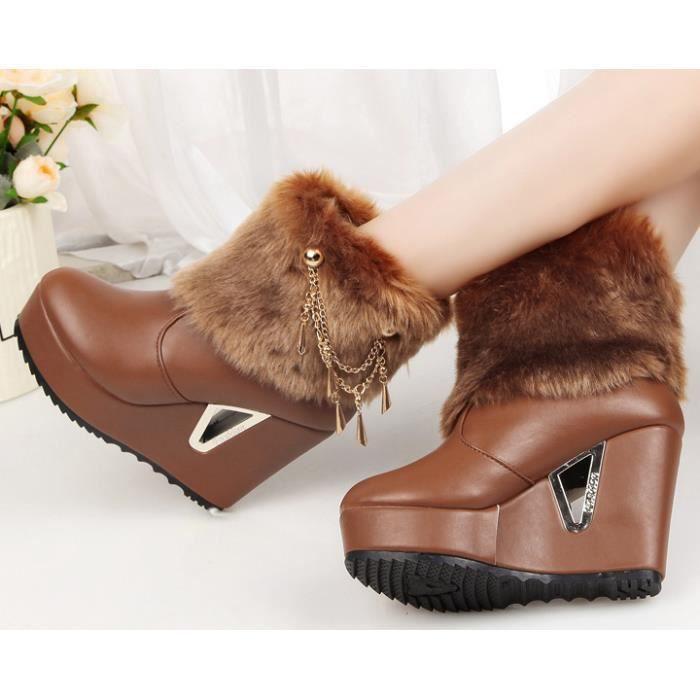 les bottes imperméables à tête ronde des chauss... Ey1pVf