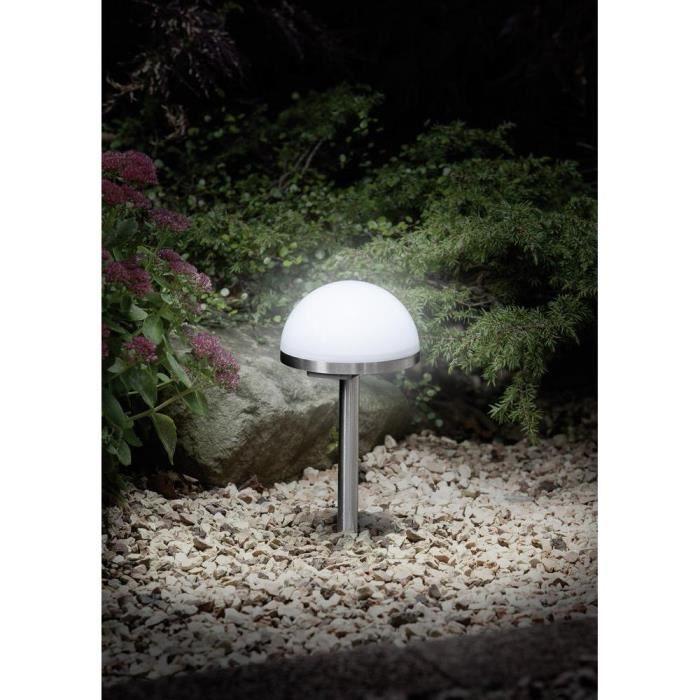 Lampe solaire de jardin stellar ampoule led 1120 blanc for Lumiere de jardin led