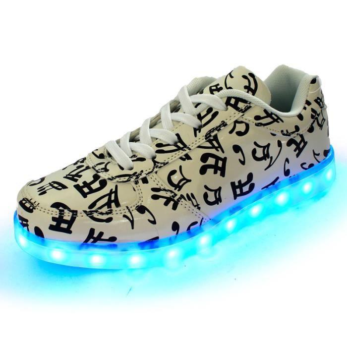Chaussures LED 7 Couleurs Unisexe Femme Homme Sneakers Lumière Lumineux Clignotants Chaussure de Sports