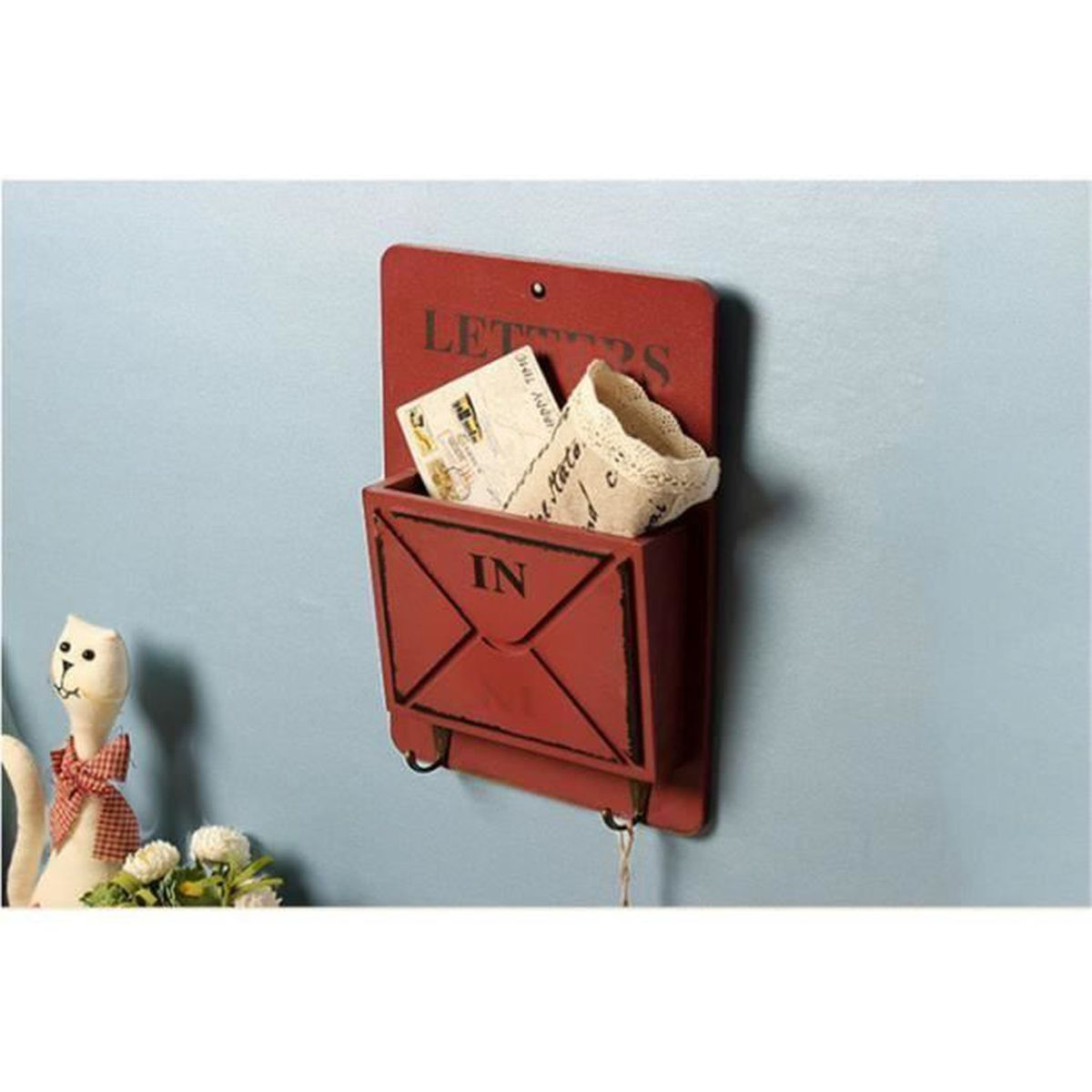bo te aux lettres rouge vintage en bois mural suspendus. Black Bedroom Furniture Sets. Home Design Ideas