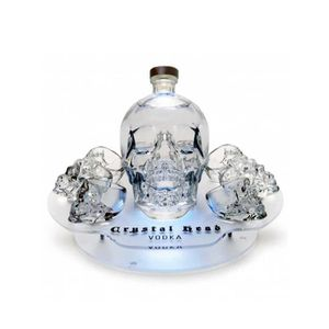 VODKA Plateau Crystal Head - Magnum 175cl + 8 Shooters