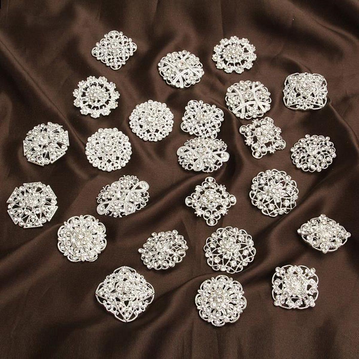 324a6f9597d 24pcs DIY Pins Broche Bijoux Cristal Mariage Strass Epingle Bouquet 3~4cm