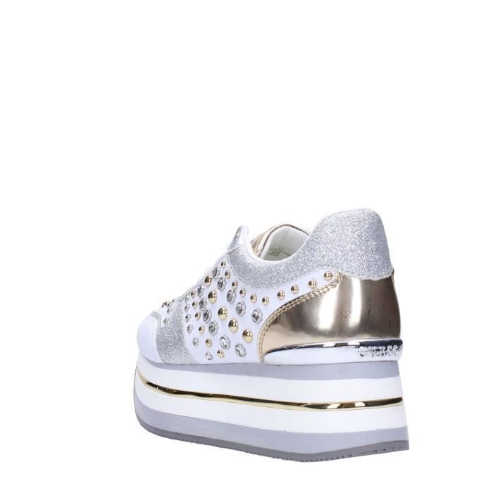Femme Guess Blanc Sneakers Guess Blanc Guess Sneakers Femme N08kwnOPX