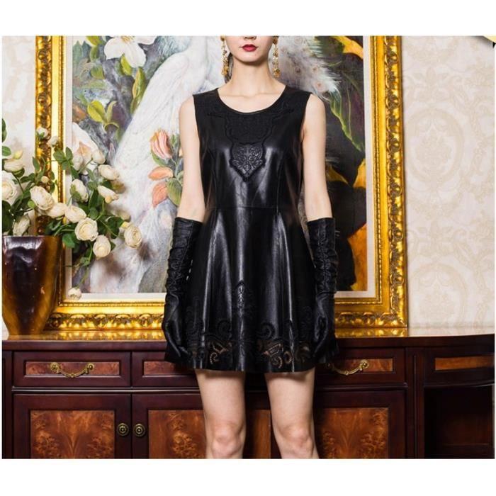 Petite robe noir cuir