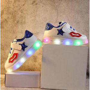 9670afd3946d2 2018 printemps et automne induction LED lumière chaussures enfants  chaussures de sport chaussures de sport