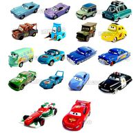 immigoo cars 1 cars 2 lot de 18 pieces voitures v hicules flash mcqueen king chick hicks martin. Black Bedroom Furniture Sets. Home Design Ideas