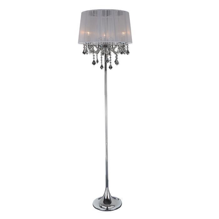 abat jour de lampe avec des pampilles design de maison. Black Bedroom Furniture Sets. Home Design Ideas