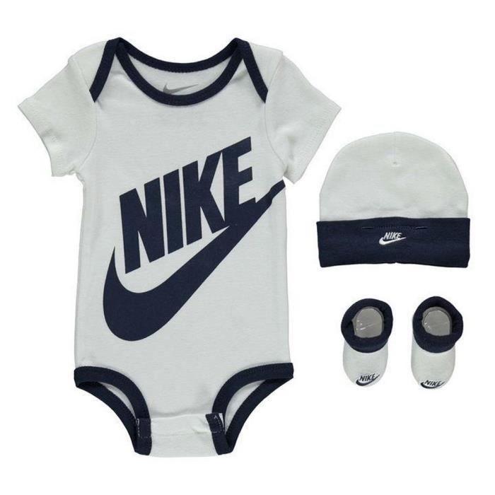 Ensemble vêtements 3 pièces Nike Bébé Body Bonnet et Chaussons Blanc Swoosh  Marine 4b144f0bd98