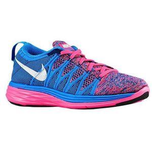 more photos e61b5 09e30 BASKET Nike chaussures de course flyknit lunar 2 pour fem