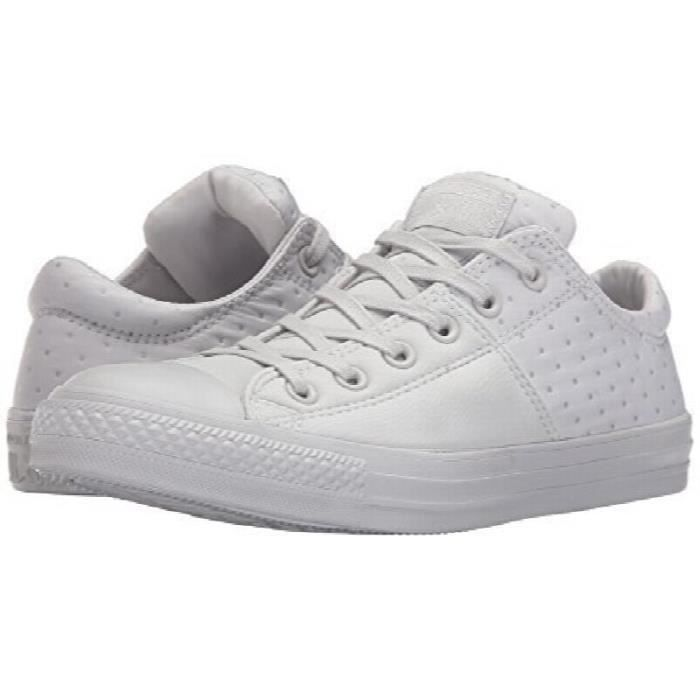 fbf7f1ae3f174 Converse Femmes Chuck Taylor All Star Madison Dotted Low Top Sneaker ...