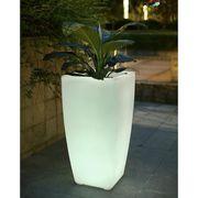 POT LUMINEUX POLAROID Pot LED télécommandable  43x43x85cm