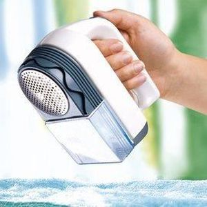 rasoir anti bouloches avec r servoir depelucheur de vetement achat vente d pelucheur de. Black Bedroom Furniture Sets. Home Design Ideas