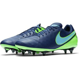 Chaussures de football nike en cuir Achat / Vente pas cher