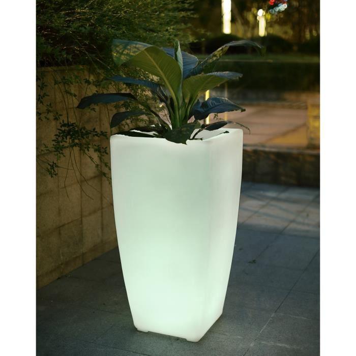 Luminaire exterieur pas cher fabulous achat lampadaire for Luminaire de jardin pas cher