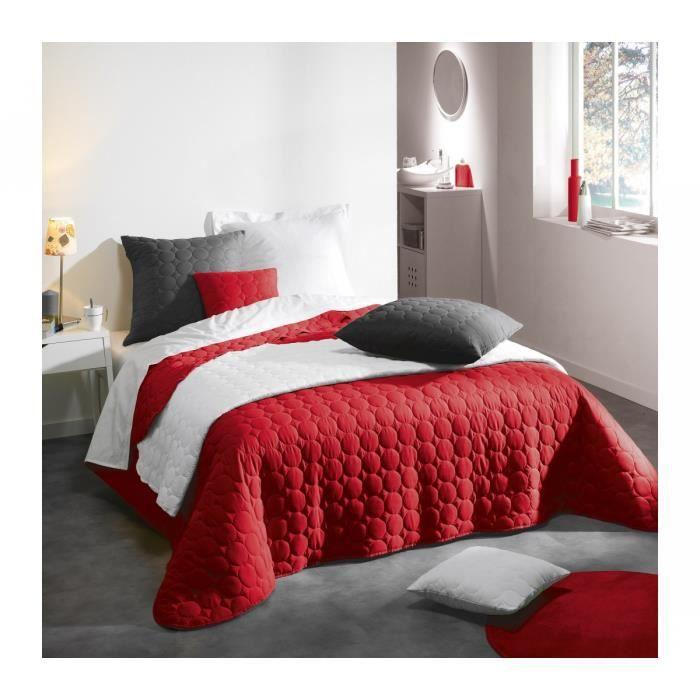 couvre lit candy achat vente couvre lit candy pas cher soldes d s le 10 janvier cdiscount. Black Bedroom Furniture Sets. Home Design Ideas