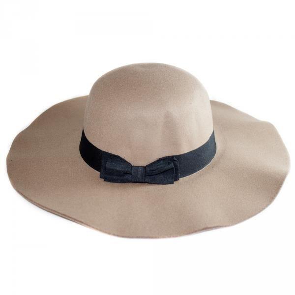chapeau capeline femme beige et noir avec ruban et noeud t u beige beige et noir achat vente. Black Bedroom Furniture Sets. Home Design Ideas