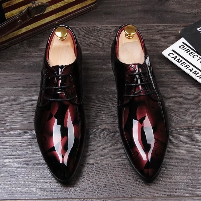 Angleterre style Hommes Luxe affaires Mariage Discothèque Robes Lumineux Chaussures brevet en cuir jeunesse bout pointu Oxfords
