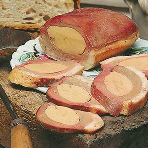PLAT A BASE DE VIANDE Magret Séché de Canard Fourré au Foie Gras de C…