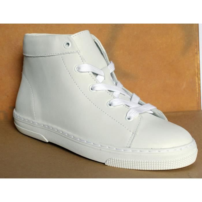 CHAUSSURES BASKET BLANCHES T 38 /A .P. C.NEUVES