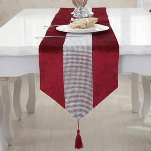 CHEMIN DE TABLE Chemin de Table Motif Vagues Tassel avec Strass et