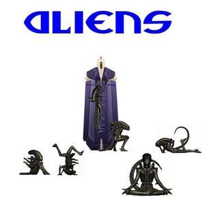EAU DE PARFUM Un pack de 6 figurines de Alien avec Eau de Parfum