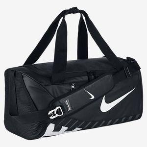 47d5504fce SAC DE VOYAGE Nike New Duffel sac de voyage Noir BA5183