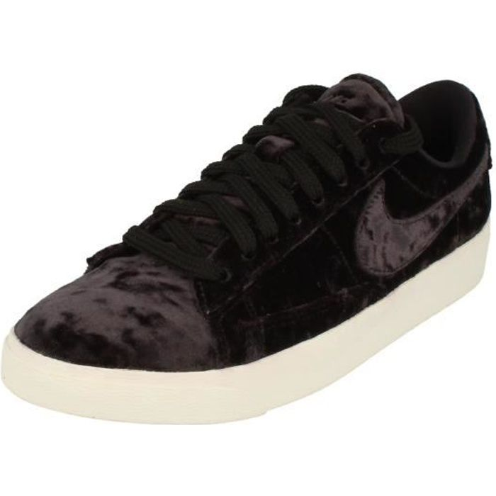 sports shoes 86b62 d7ecb Nike Blazer Low Lx Femme Trainers Aa2017 Sneakers Chaussures 003 ...