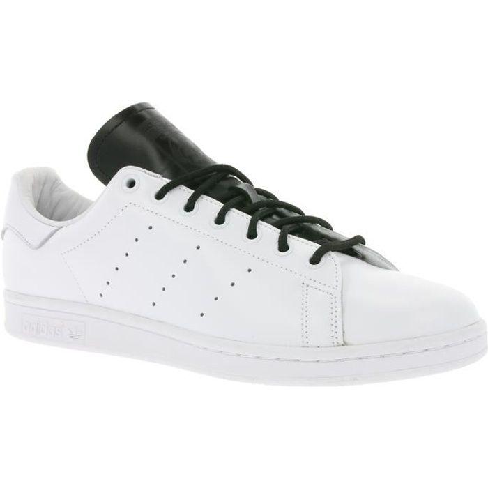 adidas Originals Stan Smith Cuir véritable pour hommes Chaussures de sport  blanches S80019 12d9a93ed33c