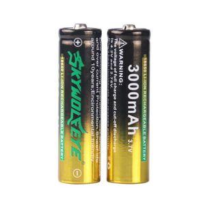 LAMPE DE POCHE Batterie rechargeable du Li-ion 3.7V 18650 de 2 x3