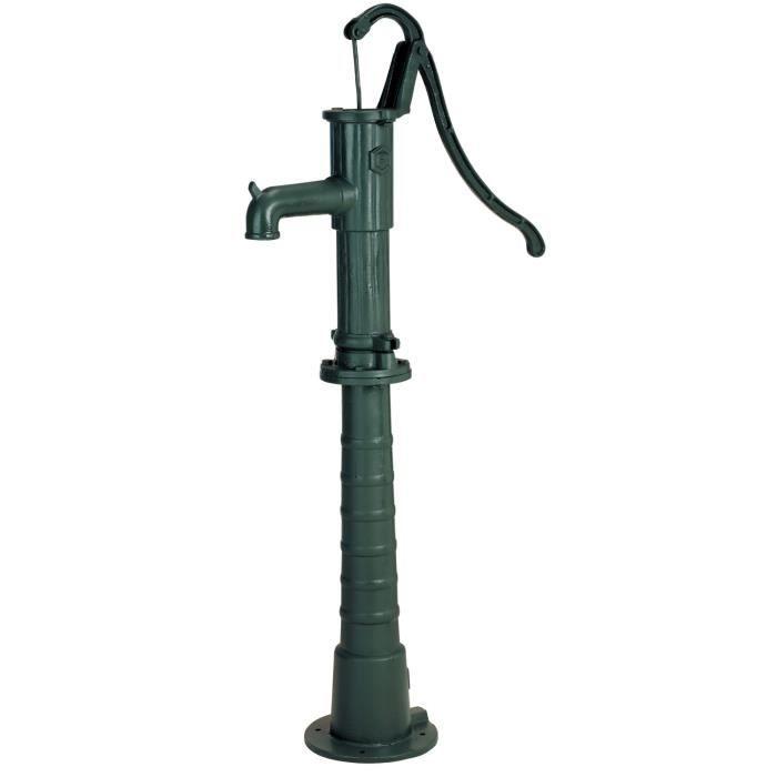 Pompe à main verte en fonte