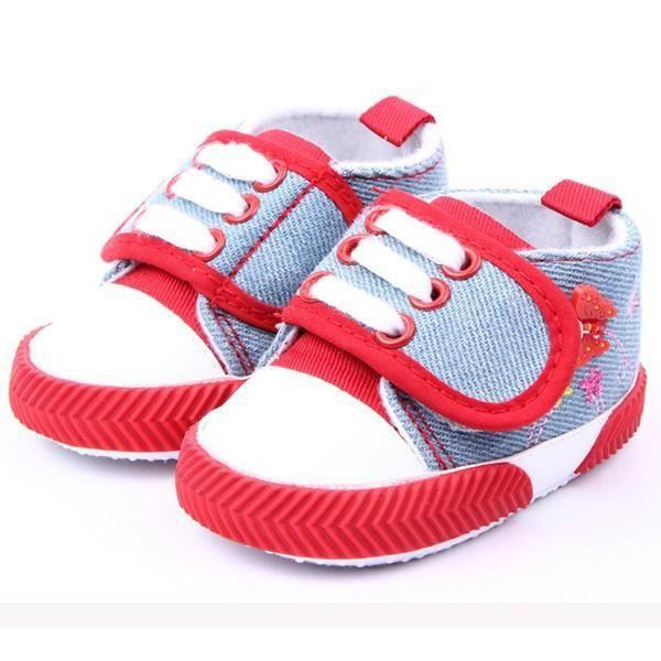 les chaussures de nourrissons filles papillon imprimé
