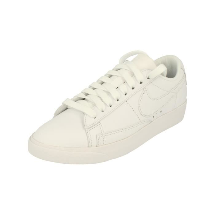 Blazer 104 Femme Low Aa3961 Nike Chaussures Trainers Le Sneakers 43L5RAj