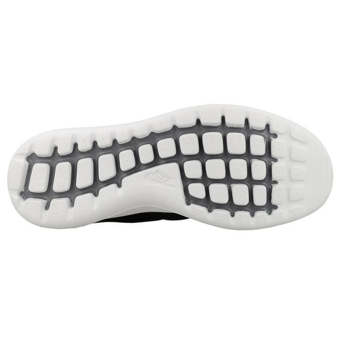 Nike Chaussures Chaussures Roshe wEZqnd5R Nike Two SE W wEZqnd5R Roshe in 311a56